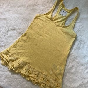 ABERCROMBIE kids sweet yellow tank in size small